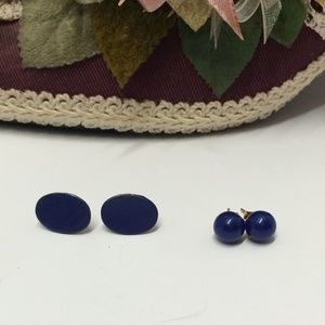 2 Pairs of Vintage Earrings